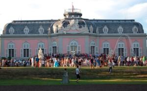 (c) Schloss Benrath